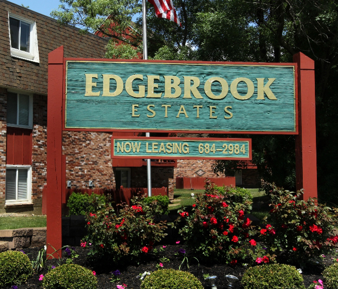 Walden Brook Apartments: National Property Management